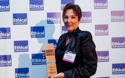 Jayn Sterland, Managing Director Weleda UK receiving Responsible Business Award