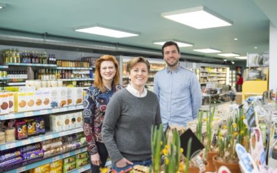 Triodos Bank customer visiting the hiSbe supermarket in York Place Brighton Photo shows sisters Ruth (left) and Amy Anslow with Jack Simmonds from hiSbe  (For further details contact Ed Gratton of Greenhouse Pr - Ed.Gratton@greenhousepr.co.uk)