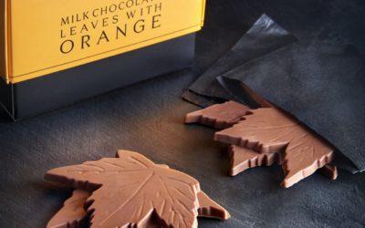 R&W Milk Chocolate Leaves with Orange box + leaf